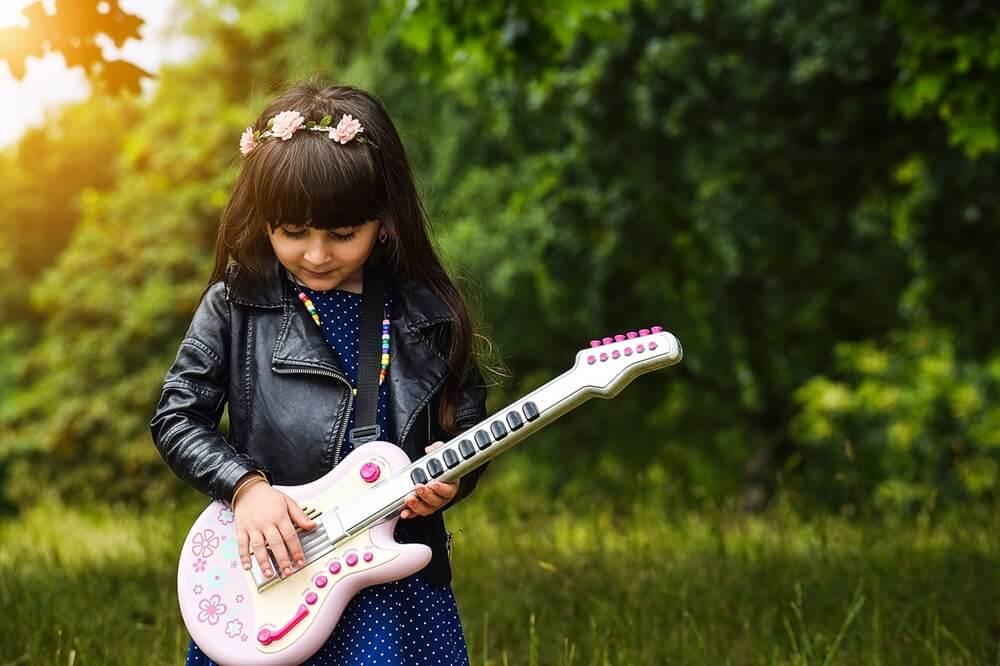 小さなギタリスト