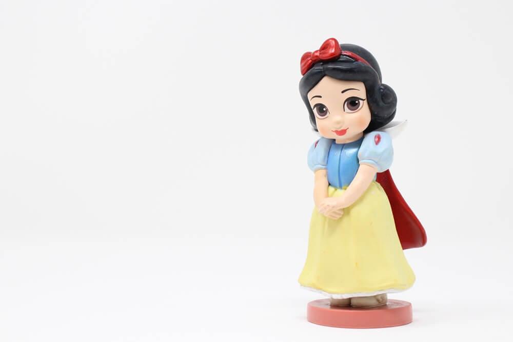 白雪姫のフィギア